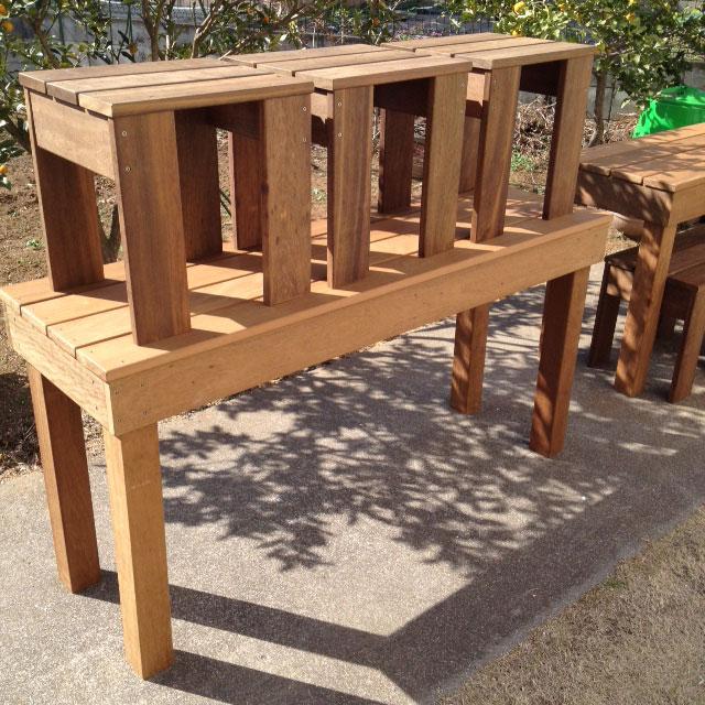 お客様の声テーブルと椅子施工例